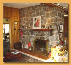 Deluxe Mont-Tremblant Cottage for rent pool, jacuzzi/spa and Sauna fireplace